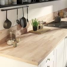 cuisine cr ence crédence stratifié effet hêtre lamellé marbre noir brillant h 64 cm