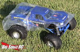 All About Amazoncom Bigfoot Monster Truck Toys Amp Games - Kidskunst ...