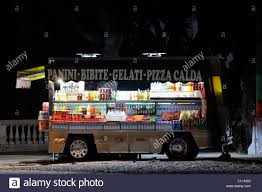 Mobile Snack Vehicle Stock Photos & Mobile Snack Vehicle Stock ...