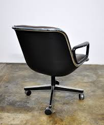 Knoll Pollock Chair Vintage by Select Modern Charles Pollock For Knoll Leather Executive Chair
