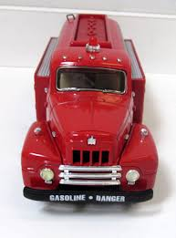 First Gear FDNY 1957 International R190 Oil Truck Fire Truck 1/34th ...