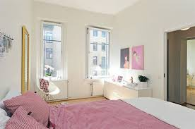 Idea White And Modern Style Small Apartment Bedroom Decorating Light Creative