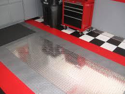 Racedeck Flooring Vs Epoxy by Racedeck Pro Metal Diamond Plate Garage Flooring