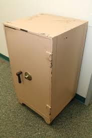 Item 2 Mosler Bank Safe With Underwriters Laboratories Class B Fire Rating On Wheels Combo Located First Level And Can Be Loaded Directly