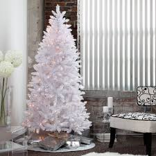 Slim Christmas Trees Prelit by Best 25 Pre Lit Christmas Tree Ideas On Pinterest Pre Lit Twig