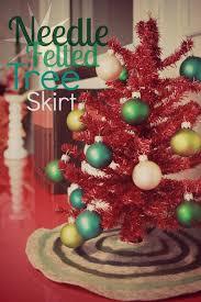CRAFT DIY Needle Felted Tree Skirt