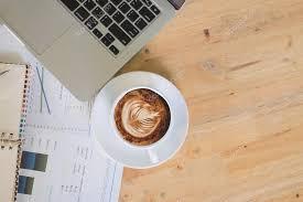 telecharger un bloc note pour le bureau de bureau avec le bloc notes smart phone stylo et tasse de café