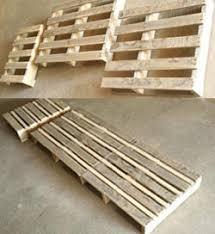 chaise longue palette chaise longue à fabriquer au travail mygardensecret