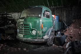 100 Les Cars And Trucks Explorez Ce Mystrieux Cimetire De Voitures Abandonnes Dans Les