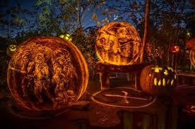 Roger Williams Pumpkin Festival 2017 by Iroquois Park Event Lines Trail With 5 000 Jack O U0027lanterns 89 3