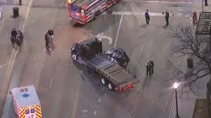 100 Truck Accident Chicago 2 Killed Pedestrian Hurt In Lawndale Crash Story WFLD
