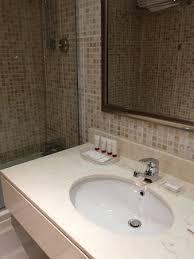 dusche in der badewanne eventuell für ältere menschen