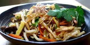 cuisine indonesienne recette de bami goreng nouilles à l indonésienne