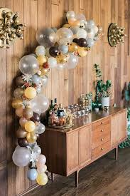 DIY Balloon Arch Via LaurenConrad