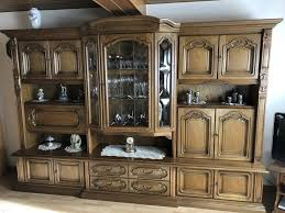 wohnzimmerschrank rustikal eiche massiv