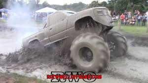 BADASS 498 BIG BLOCK CHEVY SENDS IT INTO THE DEEPEST MUD BOG!! - YouTube