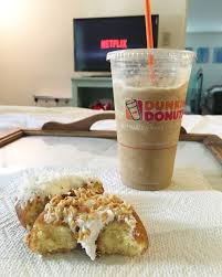 Dunkin Donuts Pumpkin Spice Syrup Vegan by Is The Dunkin U0027 Donuts Maple Pecan Flavor Good Popsugar Food