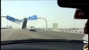 Crazy Dumb Dump Truck Driver Destroys Highway In Epic Crash In Saudi ...