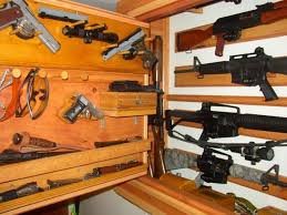 Diy Gun Rack Plans by Gun Racks For Wall Winchester Wood Store Wall Display Gun Rack