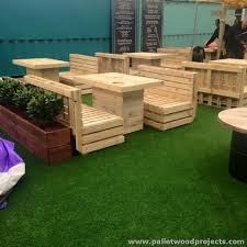 Plans For Pallet Patio Furniture by Best 25 Restaurant Furniture Ideas On Pinterest 8 Seater Dining