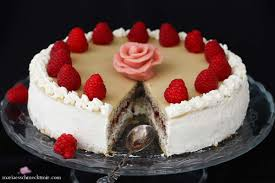 phantastische mohn sahne torte mit marzipan