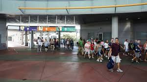 Halloween Horror Nights Parking Orlando by Parking Guest Drop Off And The Universal Orlando Transportation Hub