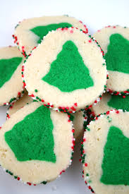 Christmas Tree Meringues Cookies by Decoart Blog Entertaining Festive Christmas Cookie Recipes