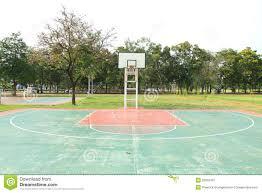 terrain de basket exterieur terrain de basket extérieur photo stock image 52818437