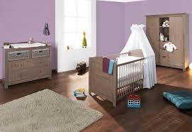 chambre bébé bois naturel lit bb bois naturel trendy lit otta naturel huil with lit bb bois