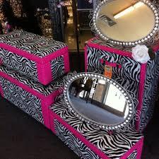 Pink Zebra Accessories For Bedroom by Best 25 Zebra Dresser Ideas On Pinterest Diy Zebra Furniture