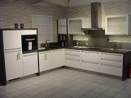 nobilia musterküche moderne l küche in weiß hochglanz