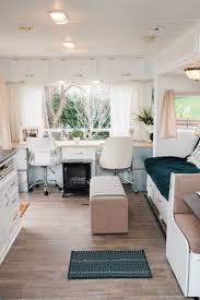 Camper Interior Decorating Ideas by Best 25 Travel Camper Ideas On Pinterest Camper Van Caravan