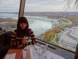 niagara falls view to die for skylon tower revolving restaurant