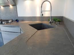 cuisine plan de travail gris plan de travail cuisine en verre crdence stratifi effet