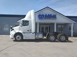 2019 VOLVO VNR300 TANDEM AXLE DAYCAB FOR SALE #289429
