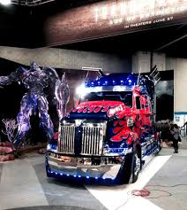 Transformers 4 Age Of Extinction Optimus Prime At Mid-America ... Mid America Trucking Show Chrome Police Truck Show American Metal Louisville Truck Road Warriors Switching Ottawa Sales Blog Yard Night Shoots In Kentucky Usa Mats Bangshiftcom 2017 Gallery Inside The Midamerica Unlimited Offroad Jeeps Trucks Utvs More Off Photos Celebs Trucks Race Cars And From The Floor Belmor Announces 2nd Annual I Did My Dutynow Drive Heavy Duty Truckcraft Tradeshows Cporation Chambersburg Pa
