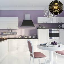 moderne landhausküche astra l form küche massivholz weiß hochglanz schwarz