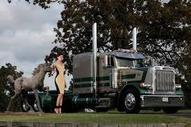 Chrome And Elegance Calendar | Trucks N Models | Pinterest | Rigs ...
