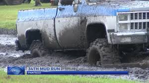 100 Truck Mud Run Pantego Raises Fire Dept Funds At Annual July 4 Mud Run
