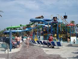 parc aquatique port aventura le parc aquatique a cote du parc photo de portaventura salou