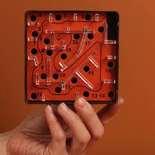puzzle jeu de labyrinthe à billes mini balance de poche enfants
