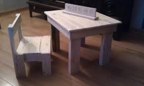 bureau enfant en bois bureau enfant en bois mobilier bois fabrication de meuble éco