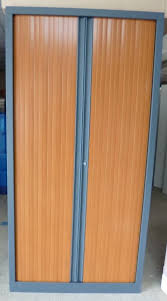occasion mobiliers de bureau armoires à rideaux d occasion