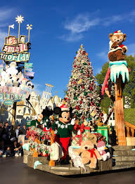 Christmas Tree Preservative Recipe by 10 Reasons To Visit Disneyland Resort During The Holidays La