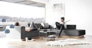 ein fell als teppich oder sofaüberwurf schöner wohnen