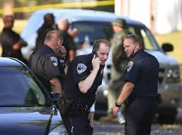 Halloween City Peoria Il Hours by Peoria Police Fatally Shoot Bank Robbery Suspect News Journal