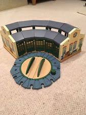 Trackmaster Tidmouth Sheds Ebay by Tidmouth Sheds Thomas The Tank Engine Ebay