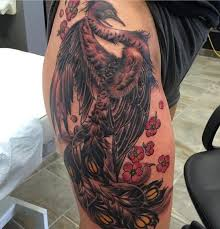 Astonishing Phoenix On The Hip In Black And Red Colors