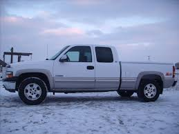 I Like 2000 Chevrolet Silverado For Incredible Value With 2000 ... 2000 Chevy Silverado Project New Guy Truckin Magazine Travis Lyssy His 00 Chevy Silverado Black 2006 Chevrolet 1500 Ls Regular Cab 4x4 Exterior With Gmc Sierra Like Pickup Truck 53l Red Youtube 2500hd My Vehicles Pinterest Ck 3500 Overview Cargurus Lowrider Amazoncom Maisto 127 Scale Diecast Vehicle Lt Z71 For Sale Photos Informations Articles Bushwacker