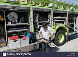 Jaws Of Life Tool Stock Photos & Jaws Of Life Tool Stock Images - Alamy Show Me Your Truck Tim Lyons Mac Tools Truck Bed Drawer Drawers Storage Lund Intertional Products Toolboxes Tanks Con Better Built 79210994 Sec Series Standard Single Lid Chest Tool Box Kevin Kindalls 26 Peterbilt 337 Custom Truck Ldv Park On Twitter The Mw1 Mobile Workshop Is In Route To Master Car Fans C800 Heavy Duty Diagnostic Scan Scanner Used Tool Automotive Aircraft Boat Facebook 19 Photos Snap On Step Van Rv Cversion E193 Youtube Montezuma Alinum Opentop Diamond Plate 30inw X